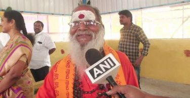 beggar donate 8 lakh in temple